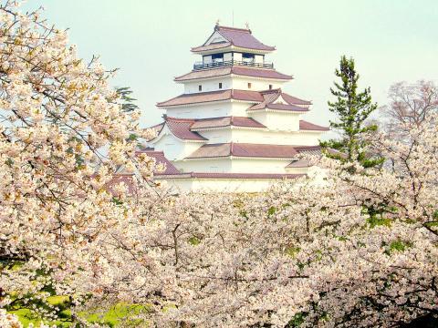 写真:鶴ヶ城