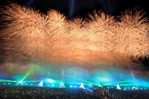 国内最高峰のエンターテインメント花火ショー 勝毎花火大会